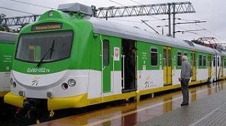 Polacy niechętnie jeżdżą koleją. Jeden wyjątek: województwo pomorskie