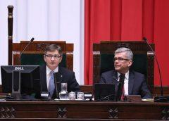 Ruszają prace Sejmu. Dojdzie do odwołania marszałka?