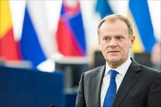 Większość Polaków dobrze ocenia Donalda Tuska w roli szefa RE