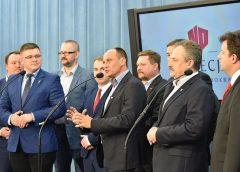 Premier nie będzie mógł być posłem – nowy pomysł Kukiz'15