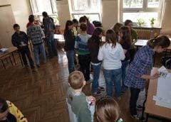 Polacy za referendum ws. reformy edukacji