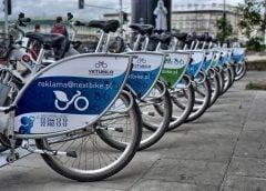 Rowerzysta w mieście: jak jeździć, by nie dostać mandatu?